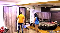 Indian Mona Bhabhi Teasing Room Service Boy In Hotel Exposing Big Ass