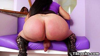 Fat ass latina shemale 6 min