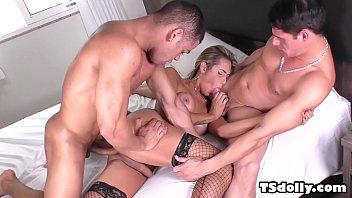 TS Bella Trix gets double penetrated