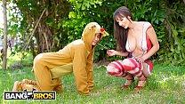 BANGBROS - Sexy Mrs. Claus aka Lexi Luna Gets Her Fix From Ricky Spanish 3 min