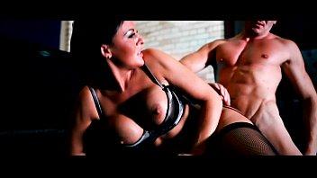 DaringSex Big Boobs Babe in Lingerie Pleasured by Hot Jock 10 min