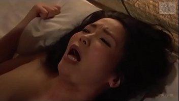 Japans romantisch stel (Zie meer: shortina.com/AttWl)