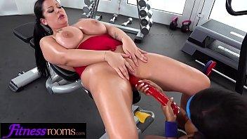 Fitness Rooms Ebony UK gym bunny Kiki Minaj licks busty babe Anissa Jolie 11 min