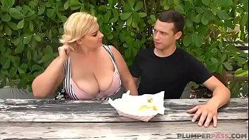 Sexy Busty BBW MILF Tiffany Blake Sucks Hot Dog and Dick