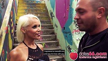POV PICKUPS ► Blonde MILF in Öffentlichkeit auf Treppe weggefickt ◄ SOPHIE LOGAN