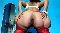LADY SHOWING HER ANUS