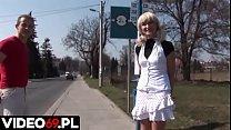 Polskie porno - Małolata poderwana na przystanku autobusowym