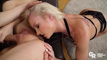 GIRLSRIMMING - Teen Friends With Benefits With Zazie Skymm