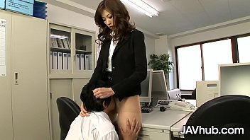 JAVHUB Rika makes her employee fuck her hairy pussy 12 min