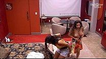Gizelly Bicalho pagando peitinho no BBB 20