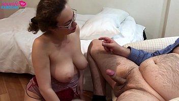 Horny MILF Deepthroat Dicks Lovers - Threesome