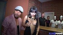 Alba, belle espagnole en trio avec deux fans de porno 15 min