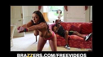 Beautiful French trainer Liza Del Sierra gets a big black cock 7 min