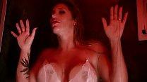 Metete en la ducha con Ayelén Paleo - Nenas TV