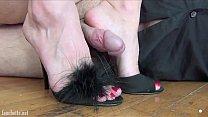 Plaisir interdit footjob shoe