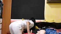 Estudiante de enfermeria se pone caliente con el paciente y pide que se la cojan duro