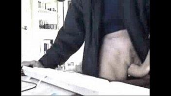 Moms and sisters masturbating caught by hidden cam 98 sec