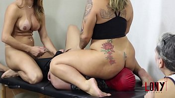 Adriana Rodrigues & Victoria Dias Tgirl and girl facesitting in 2 Lucky Bitches With 2 Facesitters by Lony Fetiches