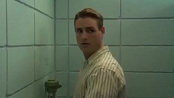 banheiro gay casado filme hetero gay 12 min