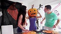 Stepmom's Head Stucked In Halloween Pumpkin, Stepson Helps With His Big Dick! - Tia Cyrus, Johnny 5 min