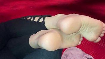 Nice pawg soles relaxing in casino
