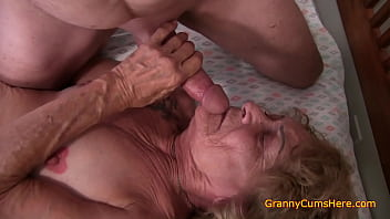 Wrinkled old WHORE to FUCK 10 min