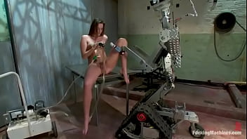 Tori and fucking machines