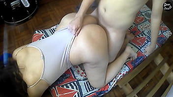 MOM PLAYS with HER STEPSON´S BIG DICK