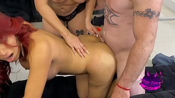 Trio con amiga trans. Teresa Ferrer Actriz Porno Mexicana