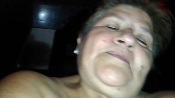 Vero rica abuelita de 61 años cabalgando