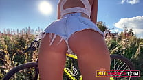 Big Ass Babe In Tight Denim Shorts Anal and Squirting