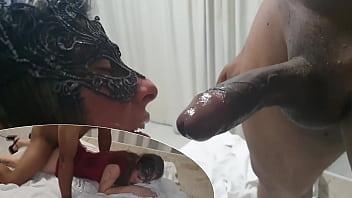 Meu marido me entregou para o segurança negão que me fodeu gostoso - Cristina Almeida