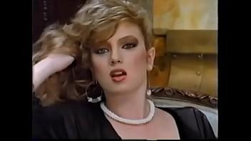 GIF - TRACI LORDS (1984)