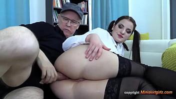 kizz anal big ass