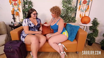 PAWG Cougar Sara Jay Finger Bangs And Pussy Fucks Brunette Fit Sidney!