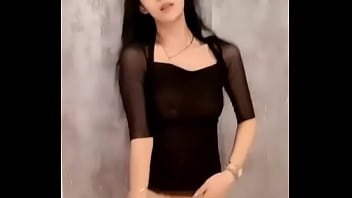 asian chinese girl live on webcam dancing and showing of her beautiful tits