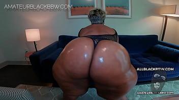 BIG BUTT MATURE MILF Ms. WATSON