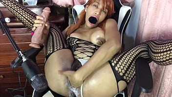 Asmr moans and vaginal sounds, wet pussy, fist and squirt. 9 min