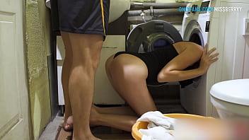 FUCKING HER ASS WHILE SHE STUCK IN WASHING MACHINE - Amateur Babe Creampie 4K 7 min