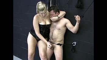 Giant BBW woman wanks off small man 5 min