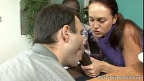 Valeska dividiu o cacete do negao com marido
