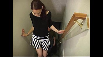 YesSignals - Brunette has sex with a guy she met through a dating service 9 min
