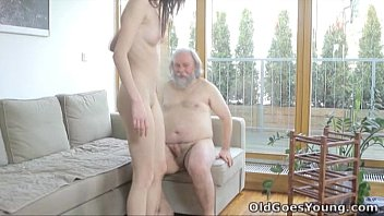Old Goes Young - Alina didn't think old men could satisfy her 4 min