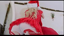 Passion-HD - Petite Piper Perri unwraps her wet gift on xmas