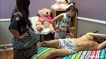Tiozin leva sarrafo de novinha e gravida