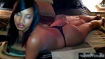 sexy ass in thong ebonyamateurxxx.com