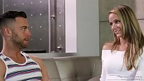 Pristine Edge gives nude massage