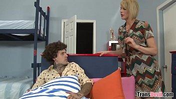 That's a big one you've got! - Ruckus, Delia DeLions
