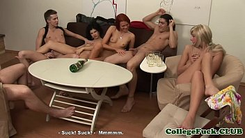 Karolina and Lucia sucking in dorm with Susie